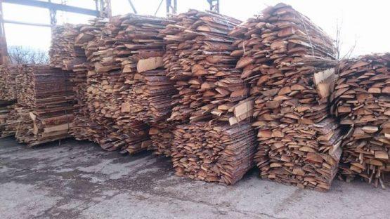 Дървени изрезки ТРАНС ЛЕС - 82 ЕООД - Дървен материал Перник :: Пелети